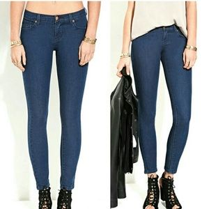 Forever 21 Low Rise Super Skinny Ankle Jeans
